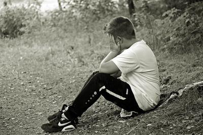 boy, child, sitting, alone