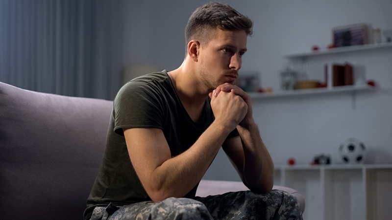 Lyme disease forces 24-year-old army officer out of the military